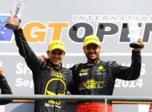 Race 2 winners Archie Hamilton & Isaac Tutumlu